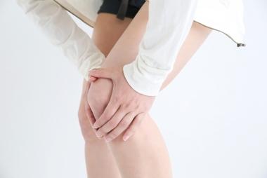 膝が痛くて階段が辛い…