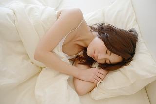 寝相と腰痛の関係について